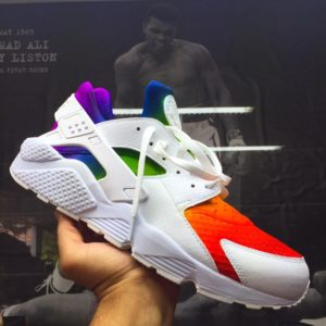 nike air huarache custom to rainbow gradient